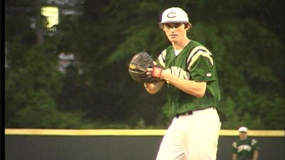 Two Conway pitchers sign with CCU and USC | WPDE