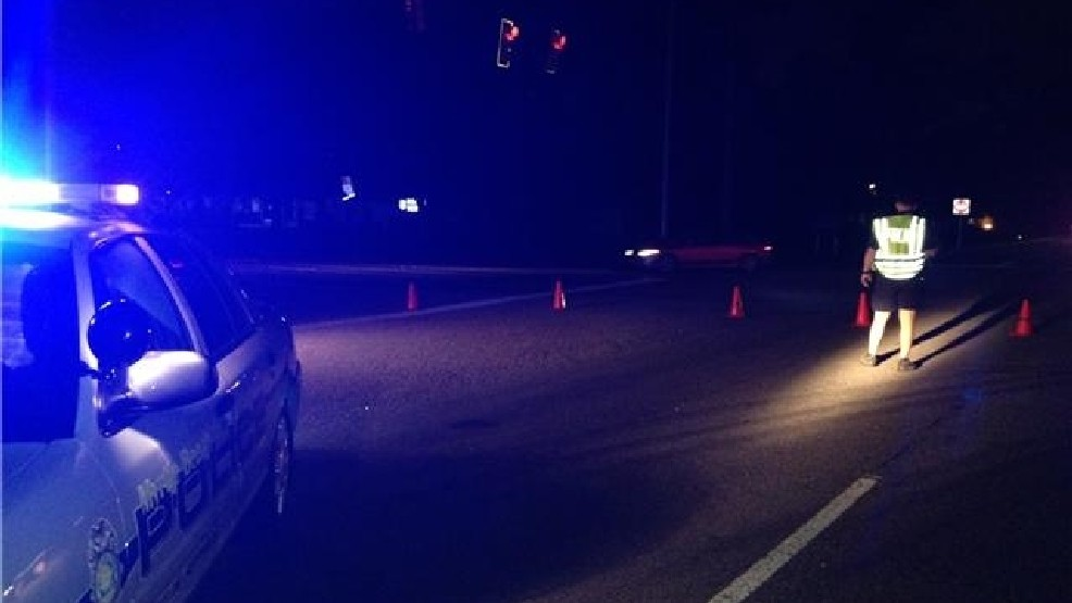 Pedestrian killed in early morning crash | WPDE