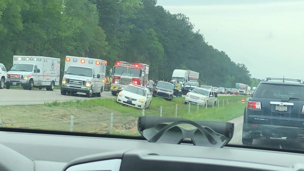 One person critically hurt in Lumberton wreck | WPDE
