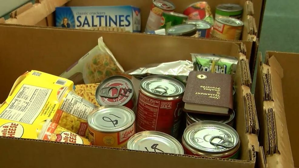 Dillon church delivers Christmas food boxes to those in need | WPDE
