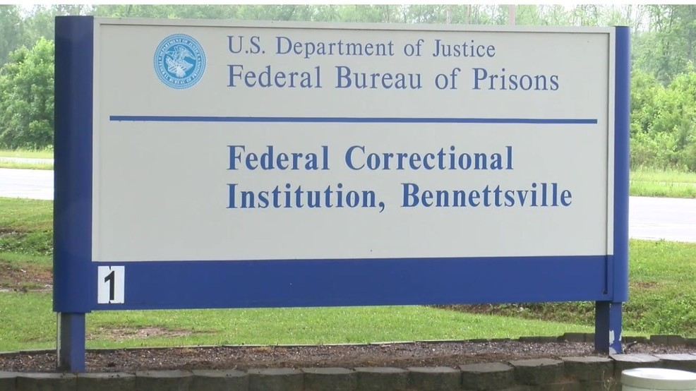Bennettsville prison employee indicted on federal charges | WPDE