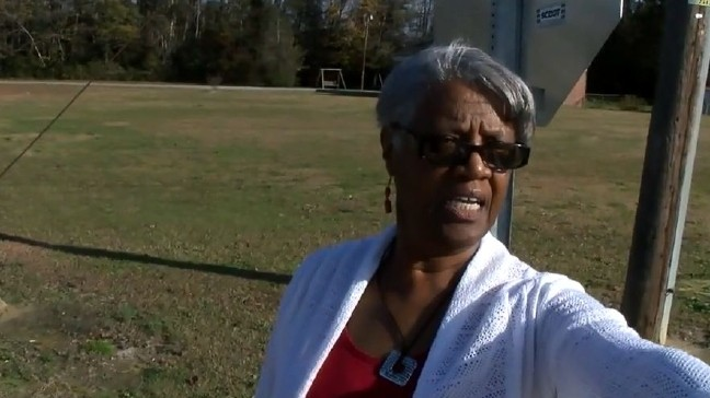 Dillon school bus supervisor says officer handcuffed her for doing her ...