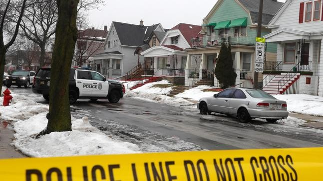 Man accused of killing Milwaukee police officer due in court   WPDE